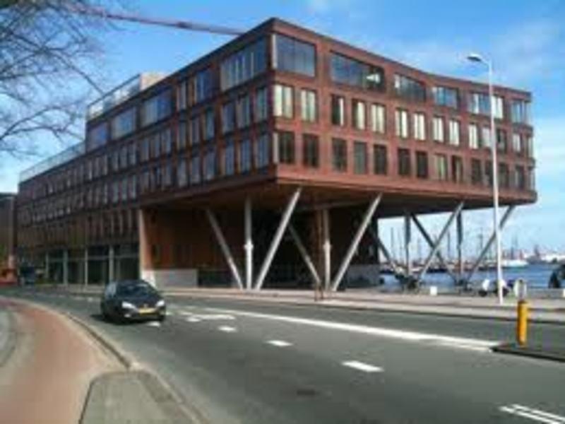 Apartment Barentszplein in AMSTERDAM