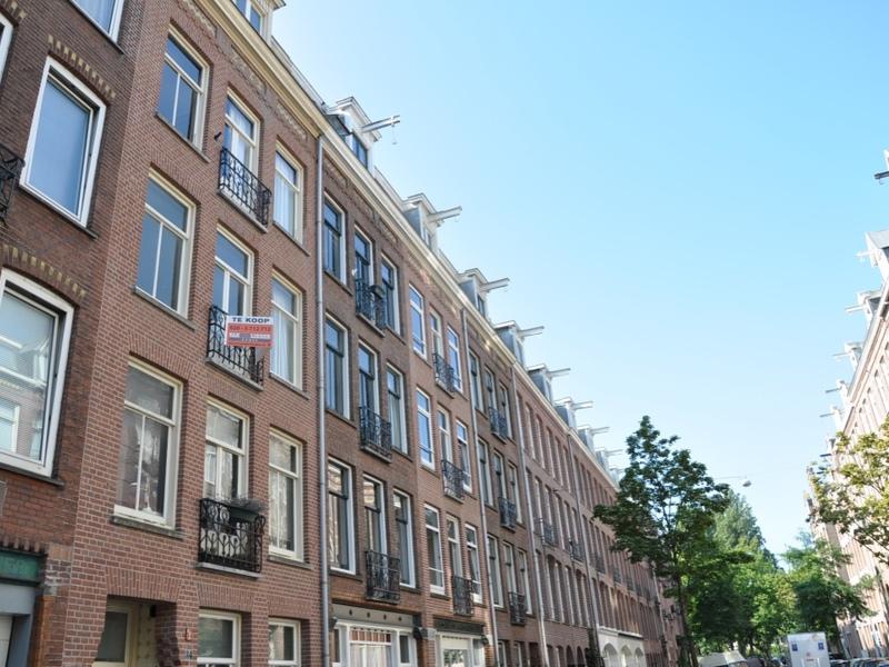 Apartment Van Ostadestraat in AMSTERDAM